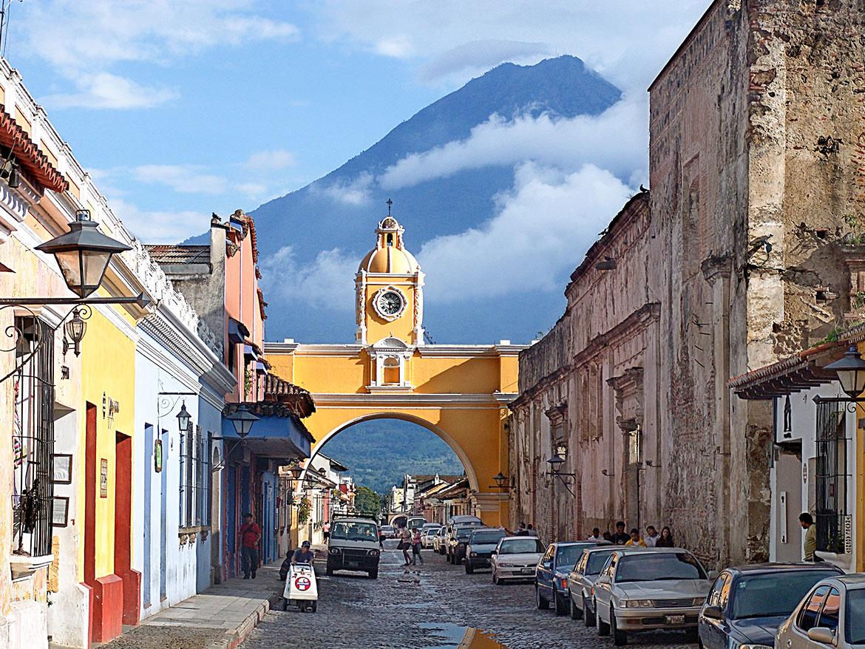Antigua-Guatemala-Santa-Catalina-Arch